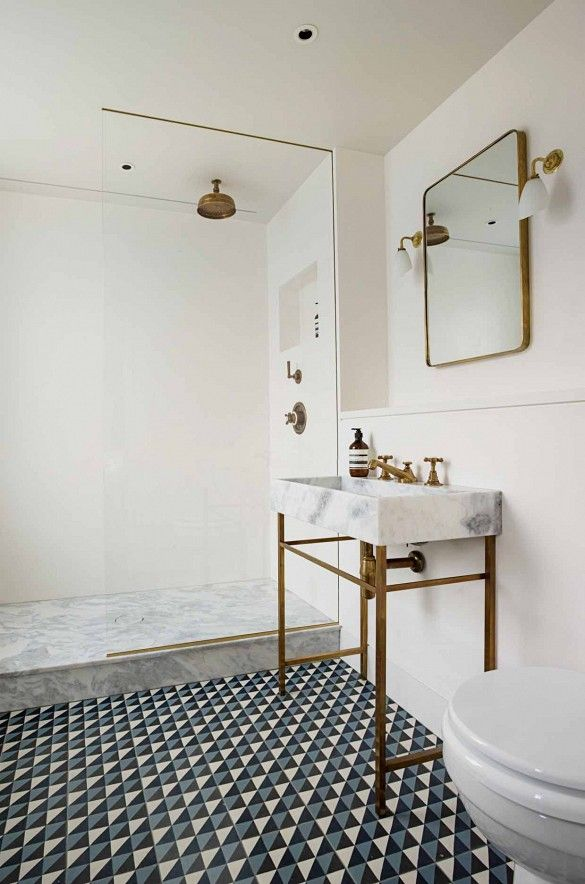 The Nordroom - 25 Inspiring Bathrooms With Geometric Tiles