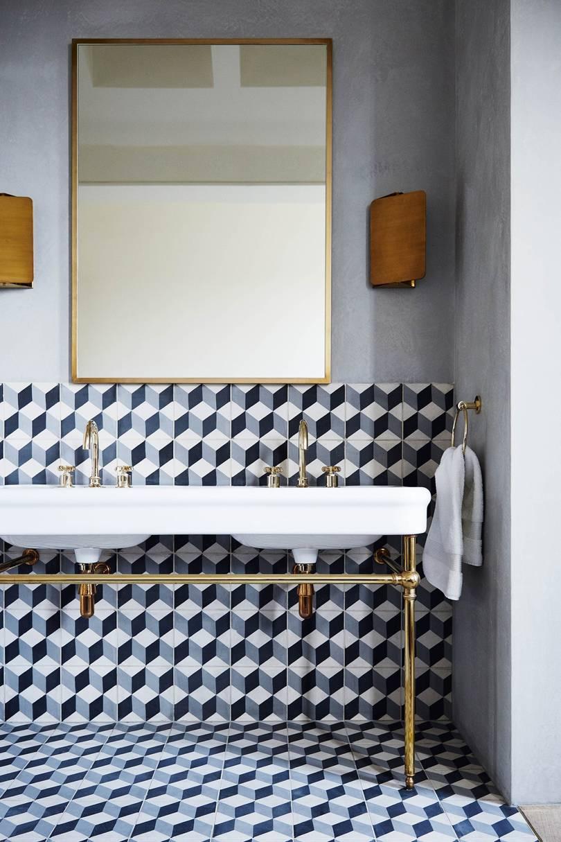 The Nordroom - 25 Inspiring Bathrooms With Geometric Tiles  image: Lucas Allen
