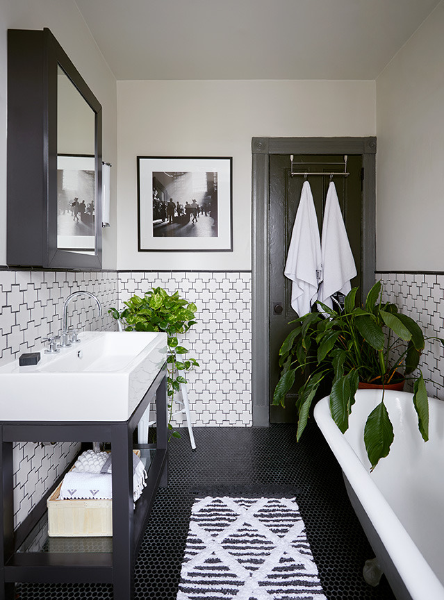 The Nordroom - 25 Inspiring Bathrooms With Geometric Tiles  image: Emily Gilbert