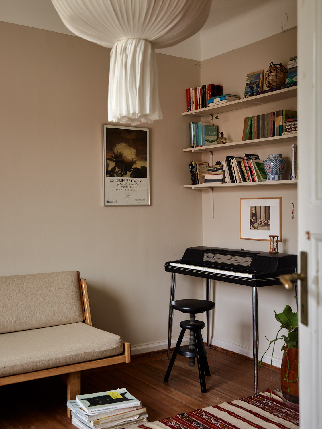 The Nordroom - A Charming Family Apartment in Stockholm