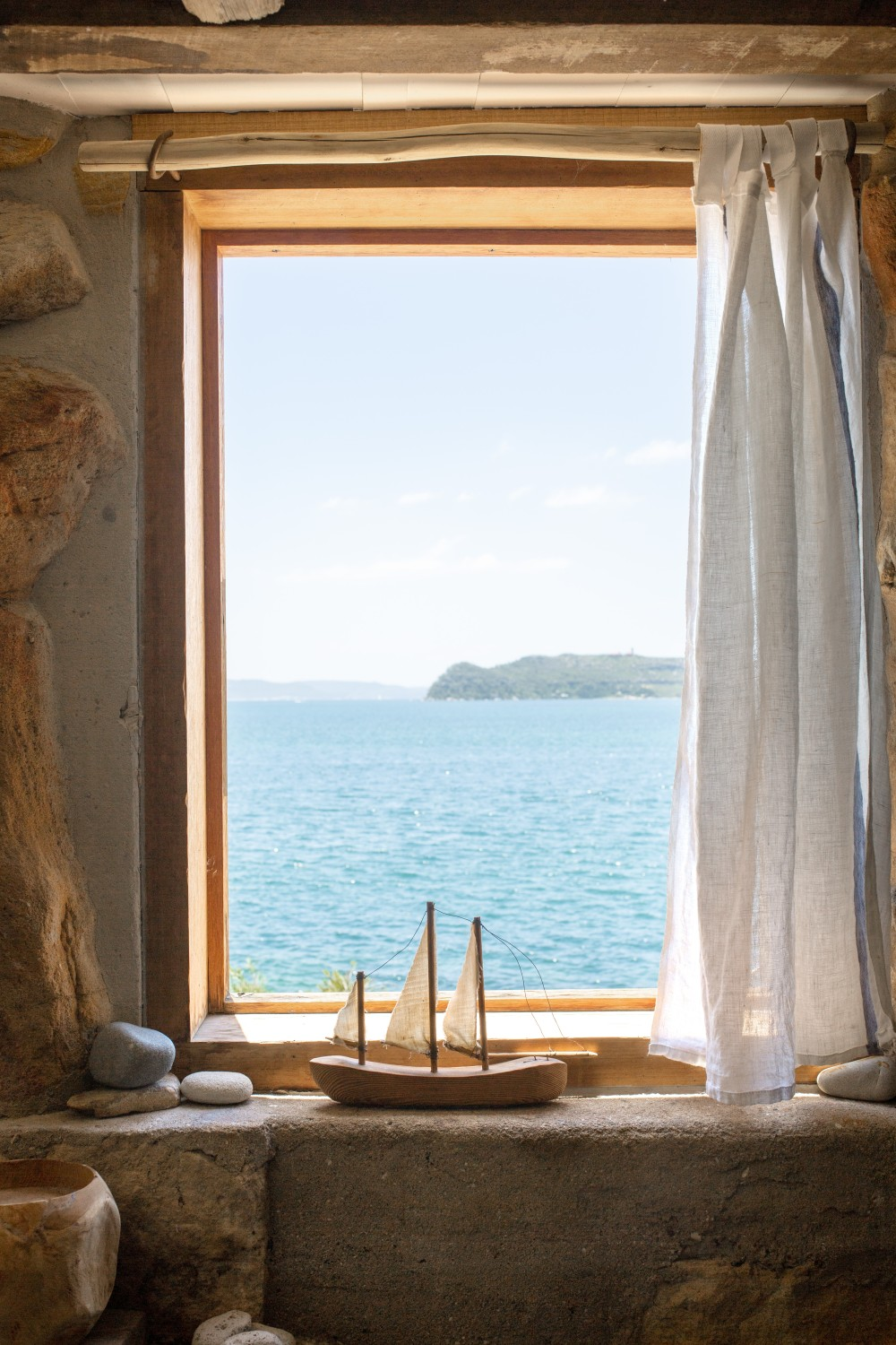 The Nordroom - Little Black Shack | A Cozy Eco Beachfront Airbnb Cottage in Australia