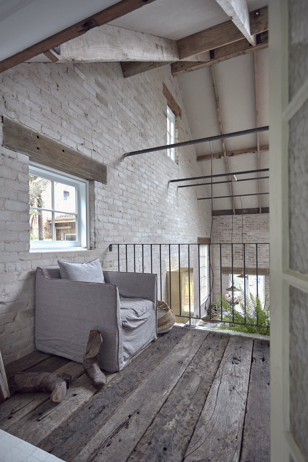 The Nordroom - A Modern Rustic Barnhouse in Sydney