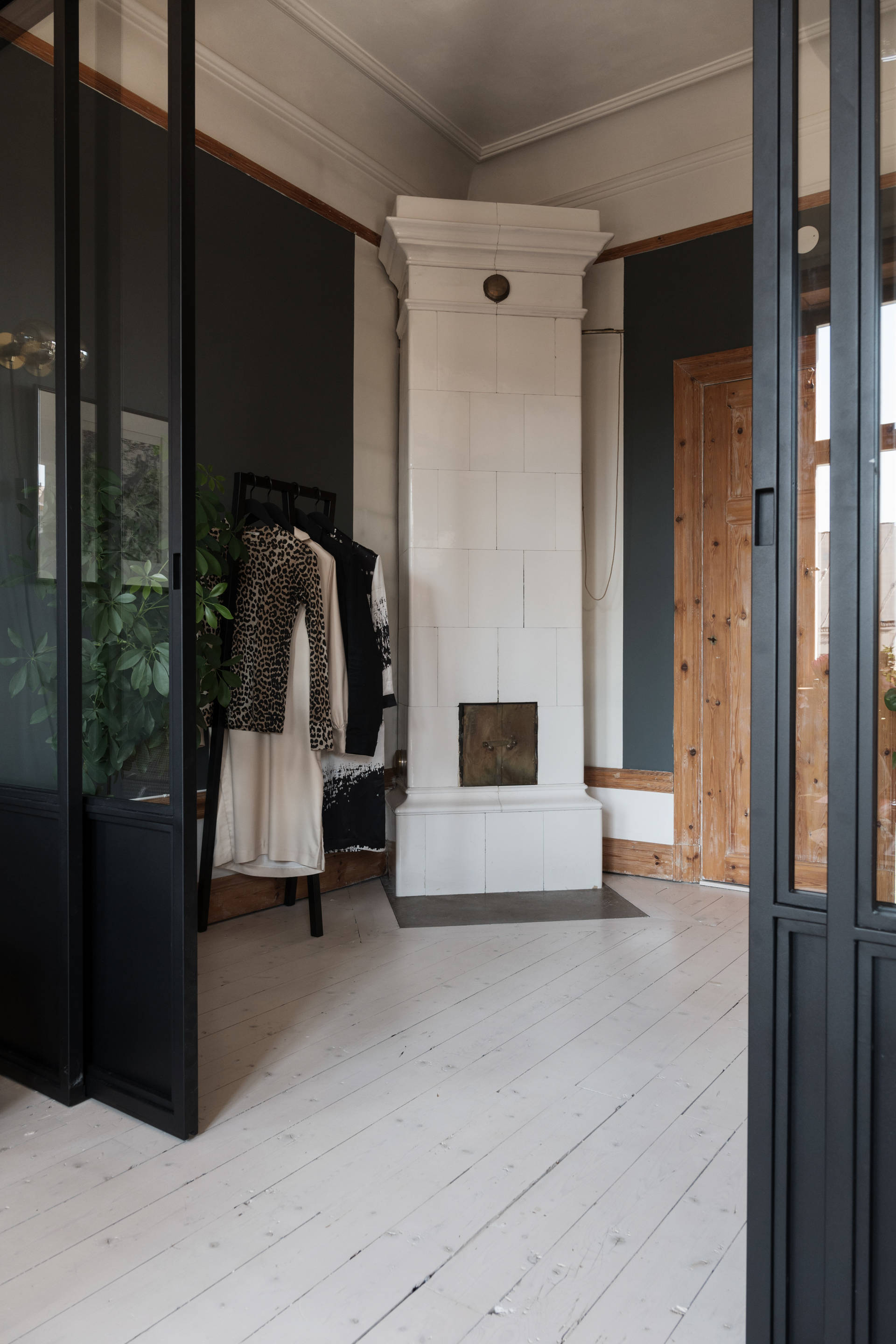 The Nordroom - A Cozy and Stylish Small Apartment