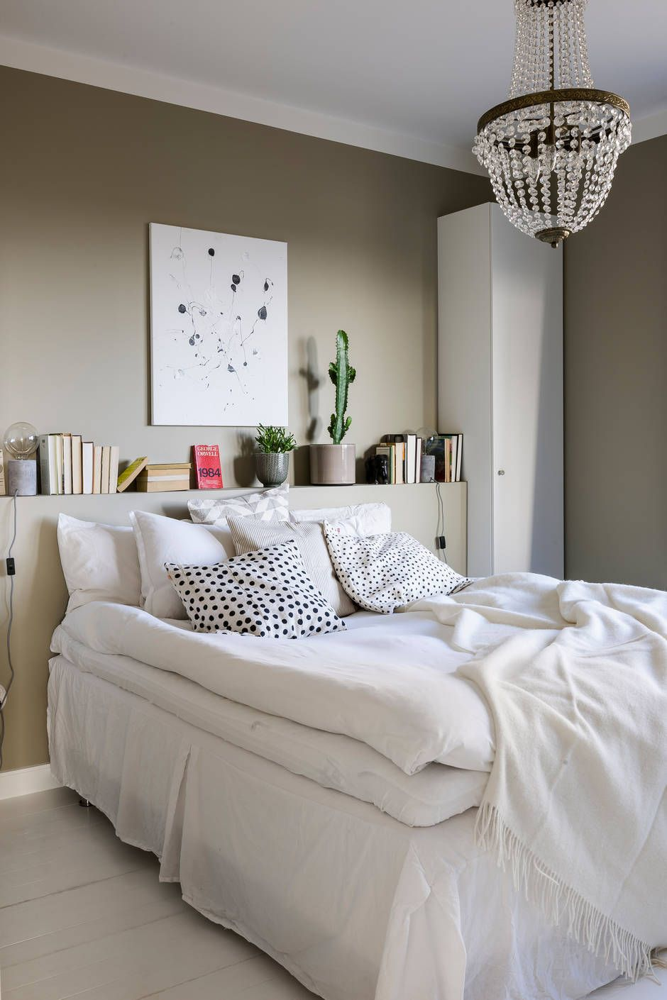 The Nordroom - Creative Headboard and Bedroom Styling Ideas (source: BOSTHLM)