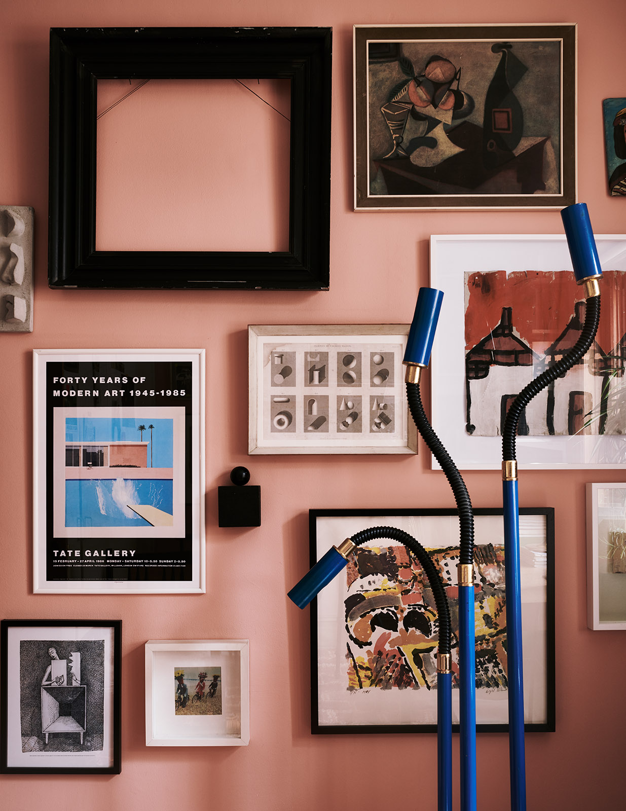 The Nordroom - The Color-Blocked London Home of Interior Stylist Laura Fulmine
