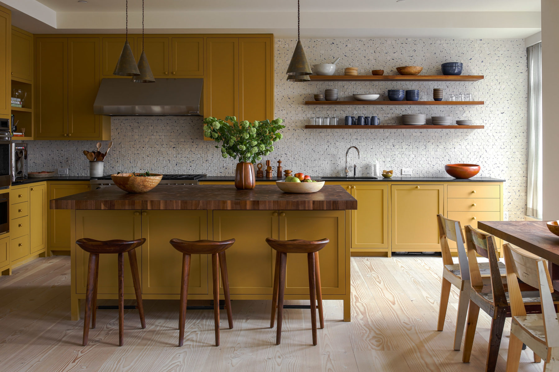 Mustard yellow kitchen (design by    Studio Shamshiri   )