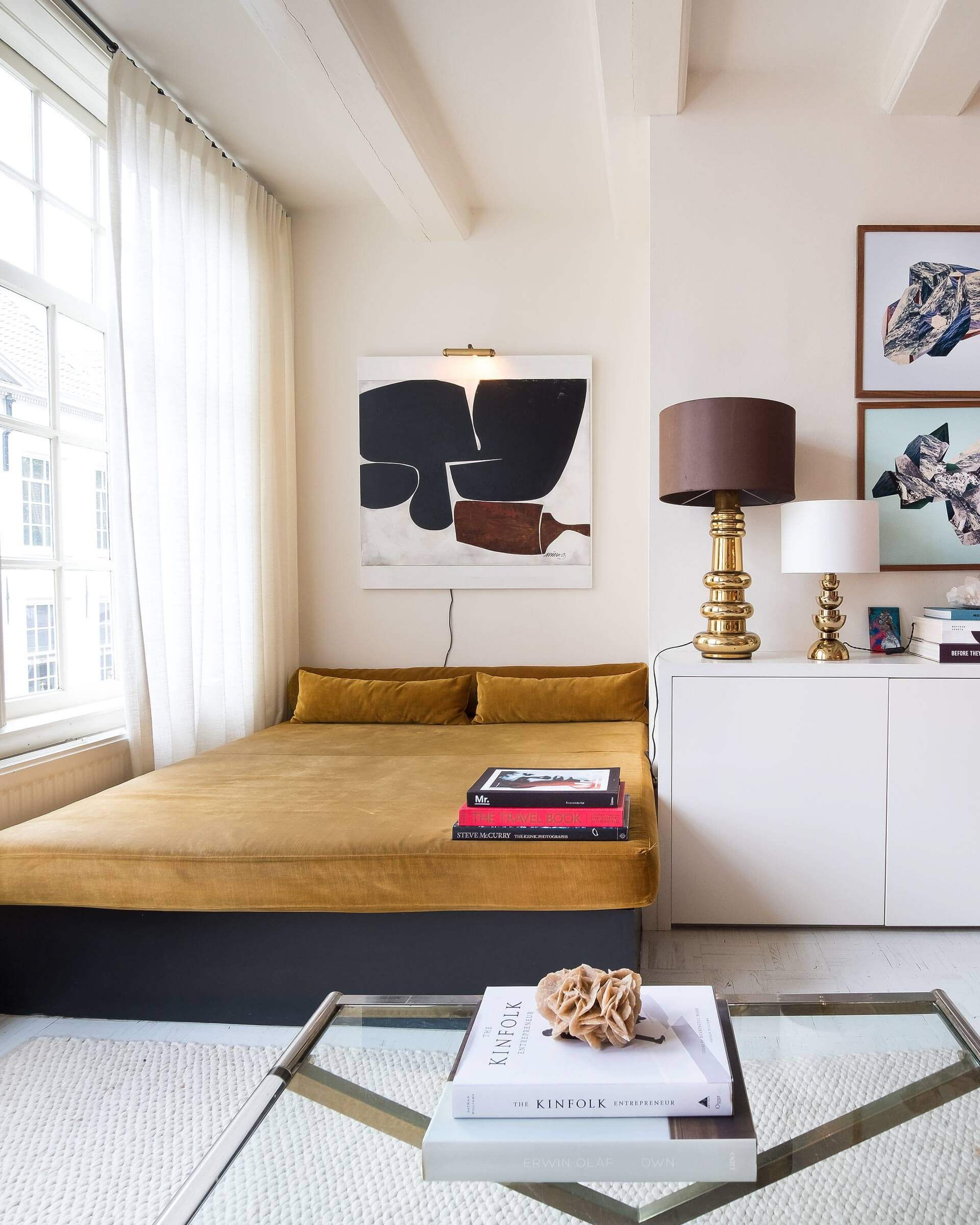 Lounge bed in the home of the Nicemakers (photo by    Soho House   )