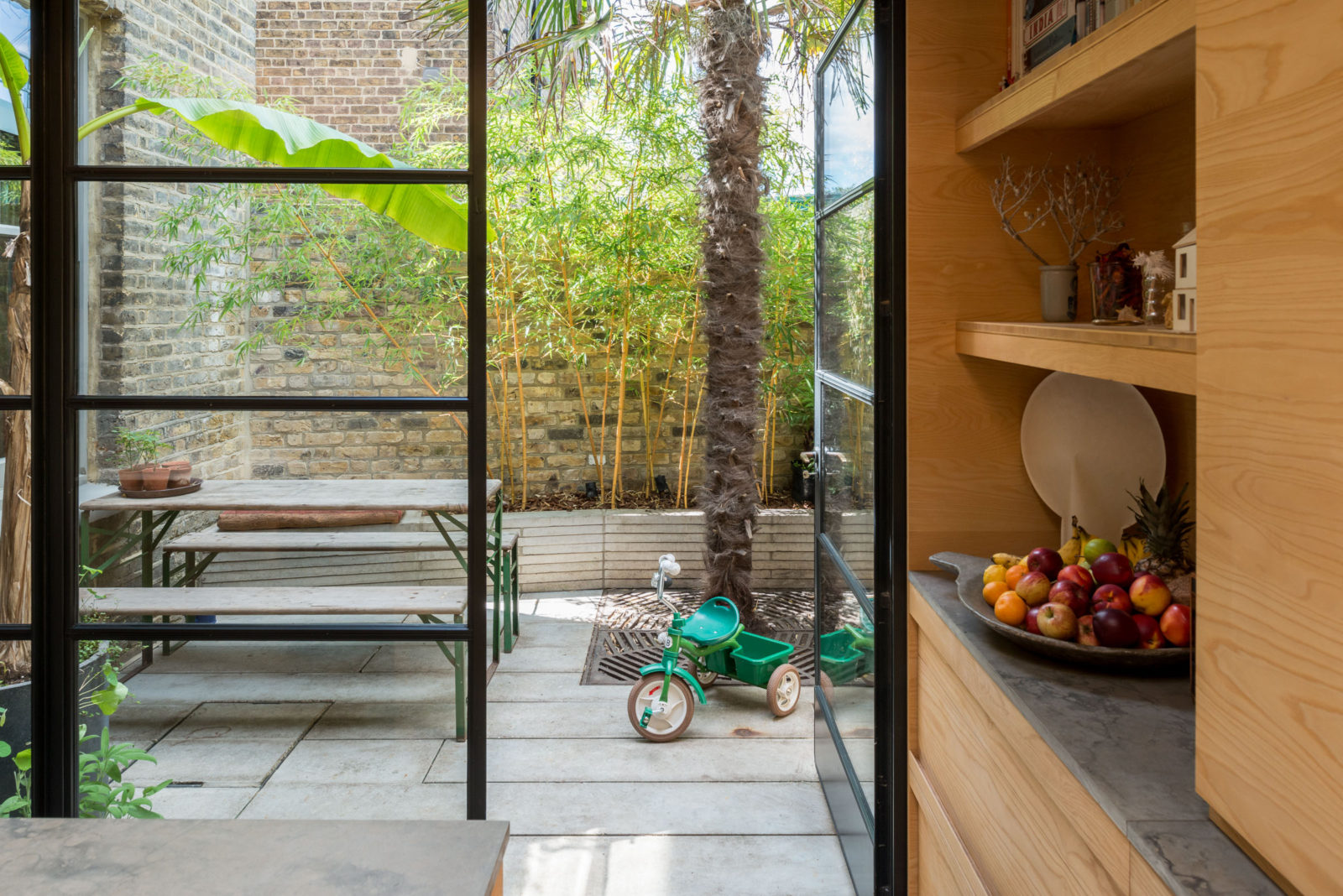The Nordroom - Modern & Historic Features Meet In A Victorian Home in London