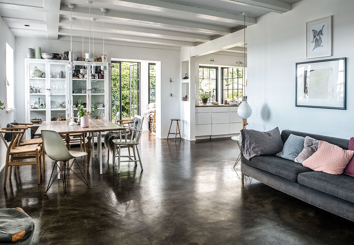 The Nordroom - A Beatiful Light-Filled Seaside Home in Denmark