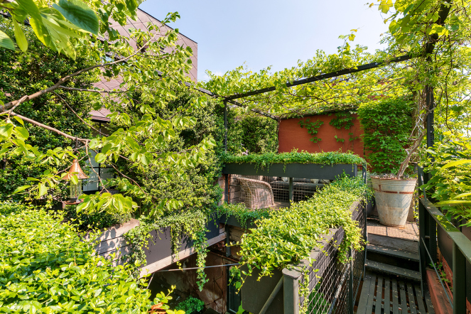The Nordroom - A Plant Lover's Penthouse Loft in Manhattan 28.jpg