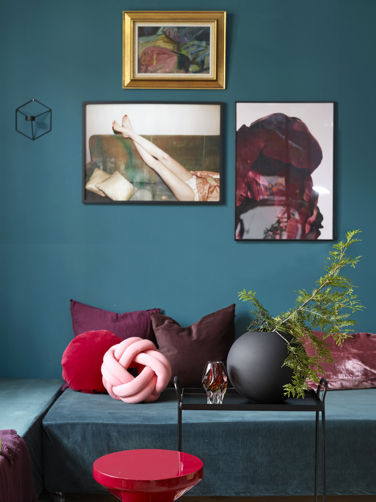 The Nordroom - Bold Colors In A Tiny Norwegian Apartment