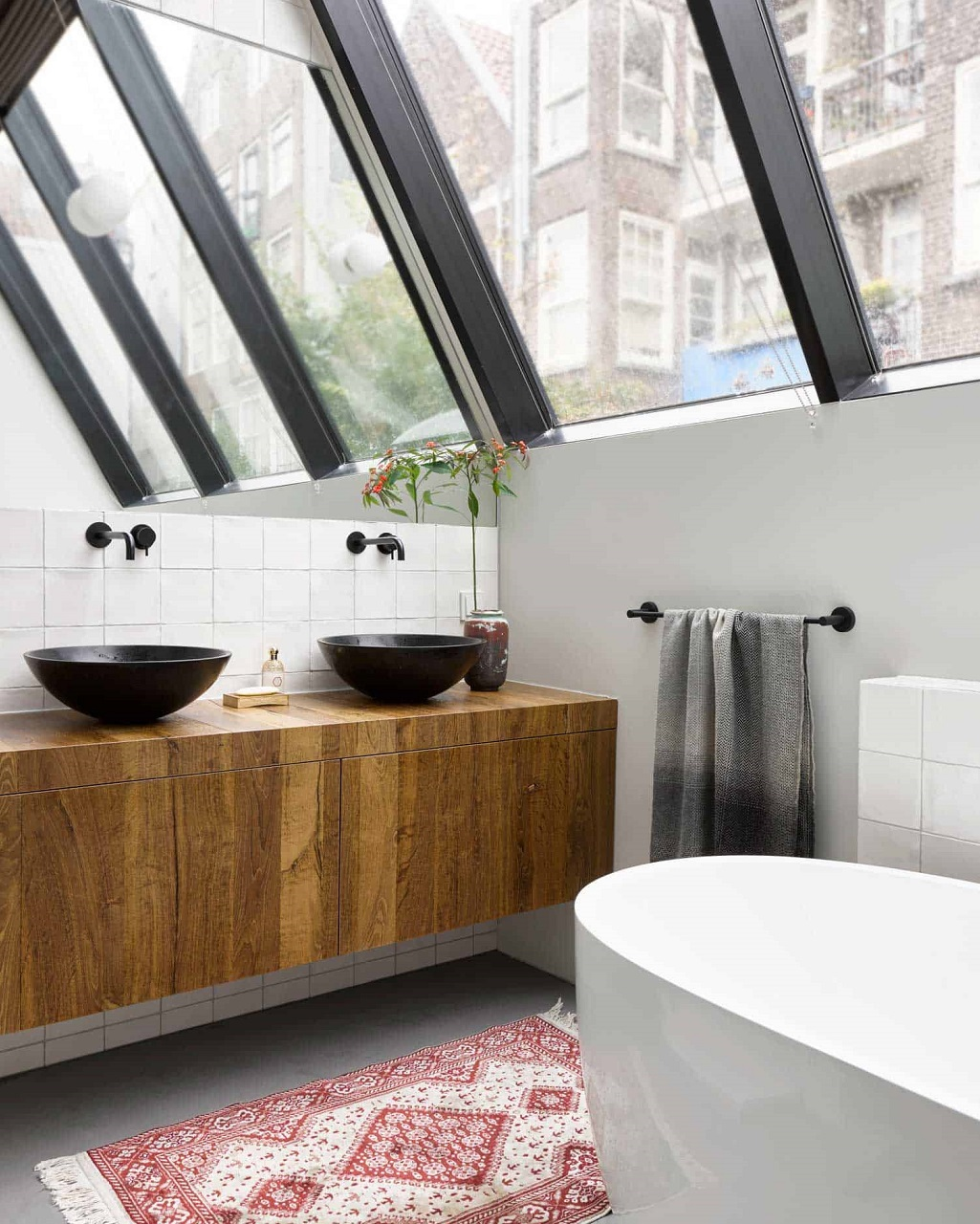 The Nordroom - A Warm Industrial Factory Conversion in Amsterdam