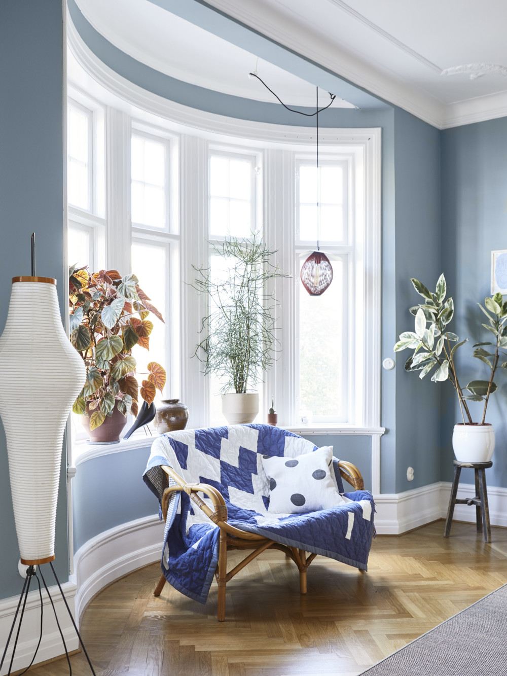 A Scandinavian Apartment Decorated in Blue and Grey Tones — THE NORDROOM