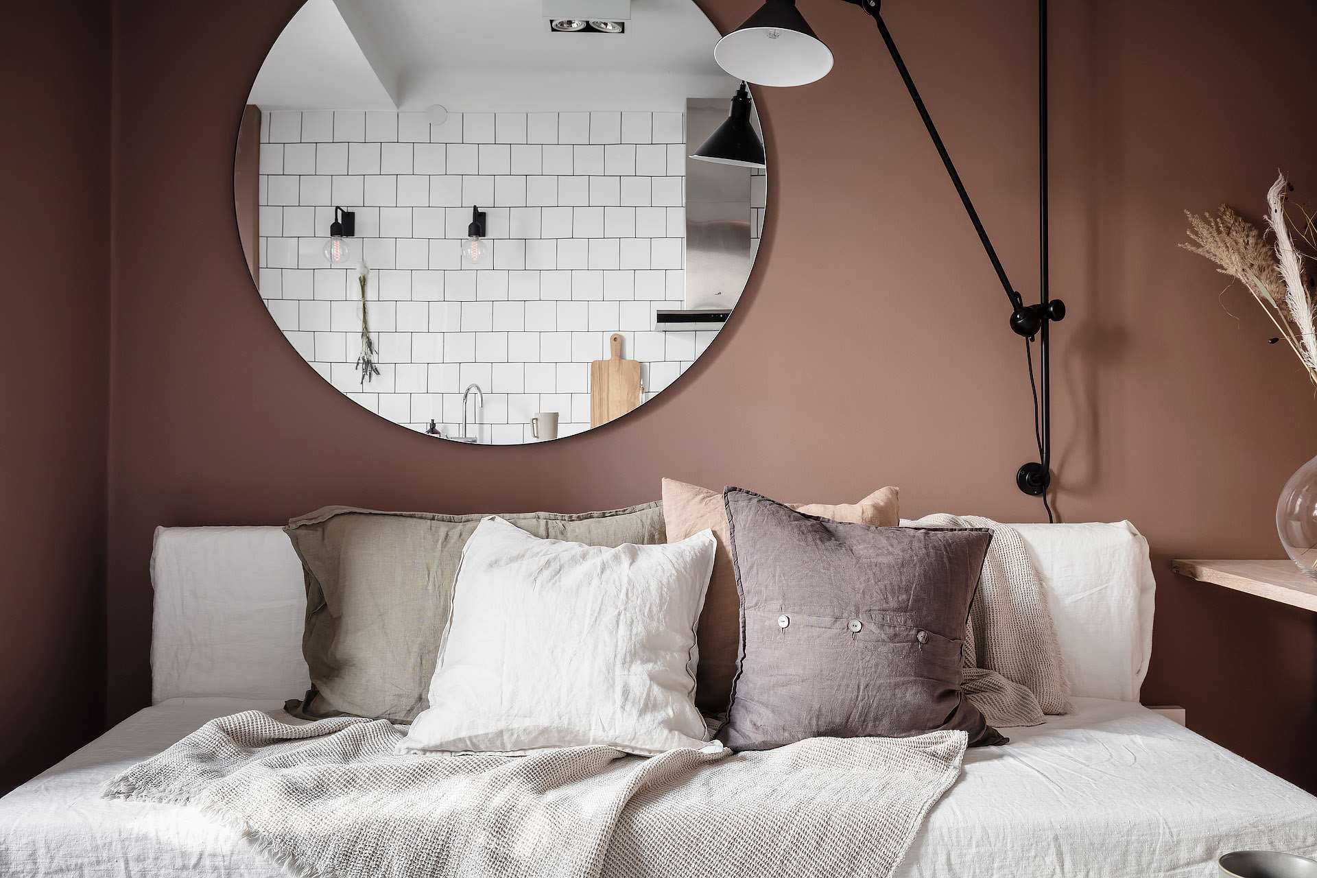 The Nordroom - A Tiny Pink Studio Apartment