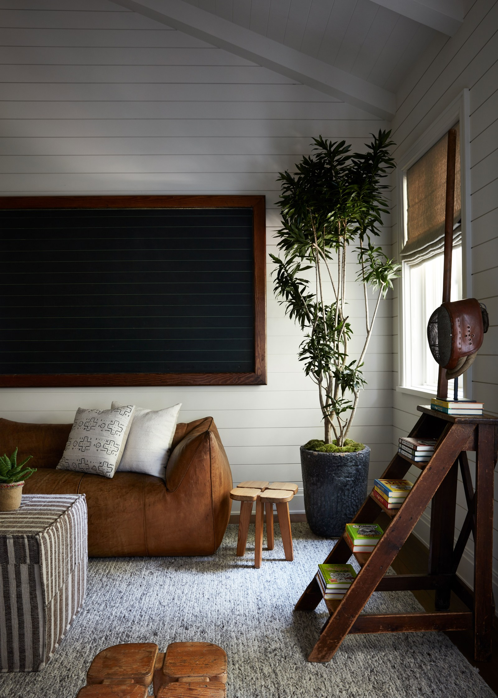 THe Nordroom - A Warm Los Angeles Home Packed with Vintage Furniture and Art