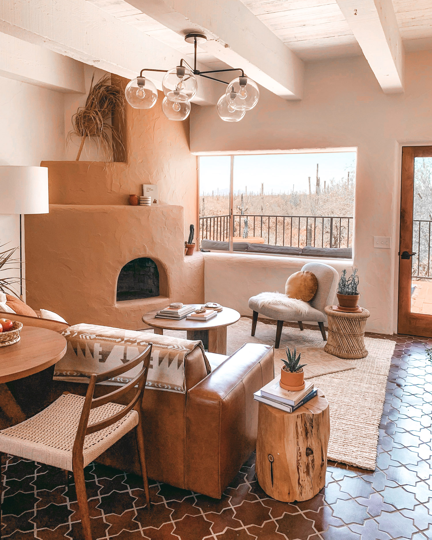 Earthy Tones In An Arizona Vacation Rental By The Joshua Tree House Team The Nordroom