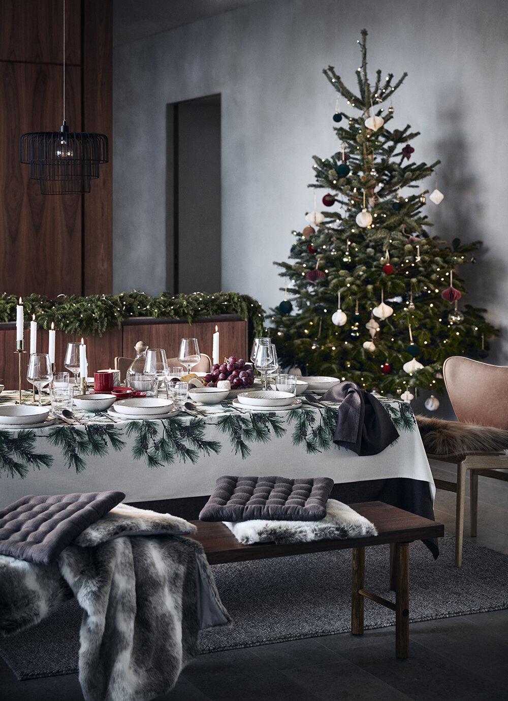 Christmas Home Decor 2019.H M Home Christmas Collection 2019 The Nordroom
