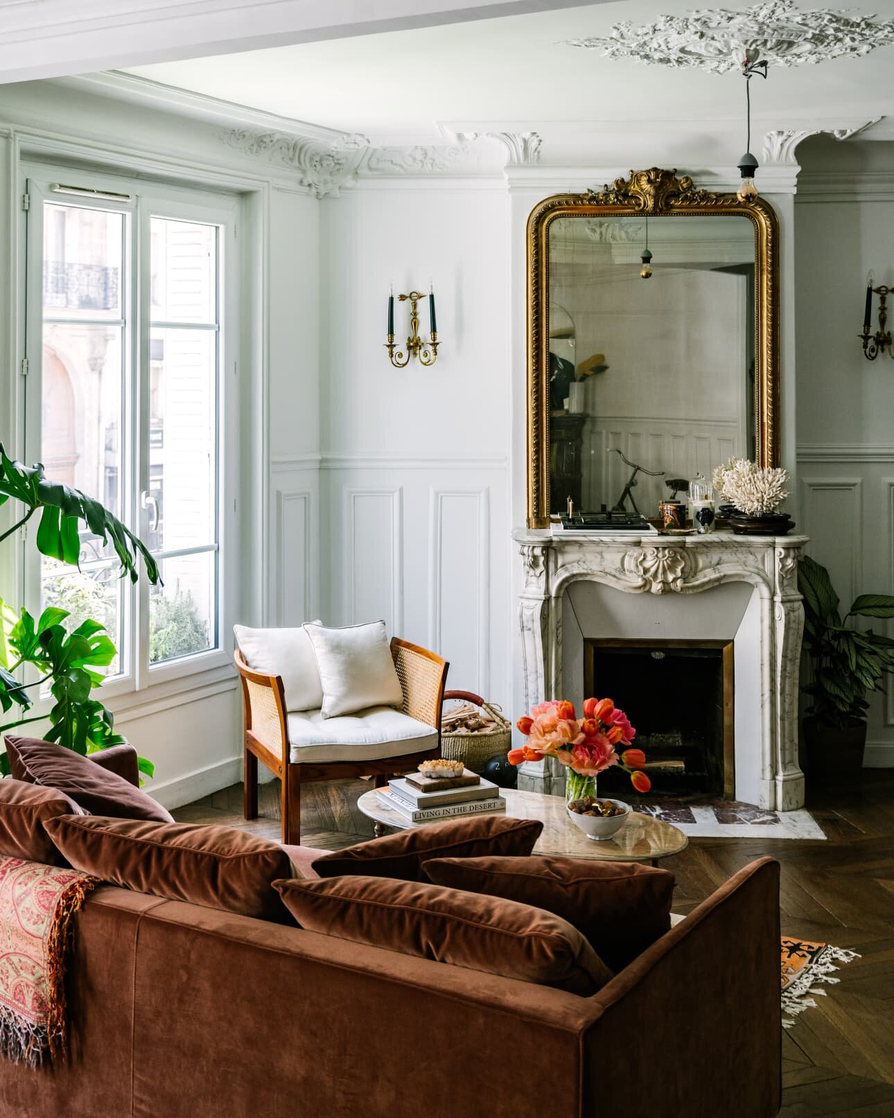 The Beautiful Paris Apartment Of Jackie Kai Ellis The Nordroom