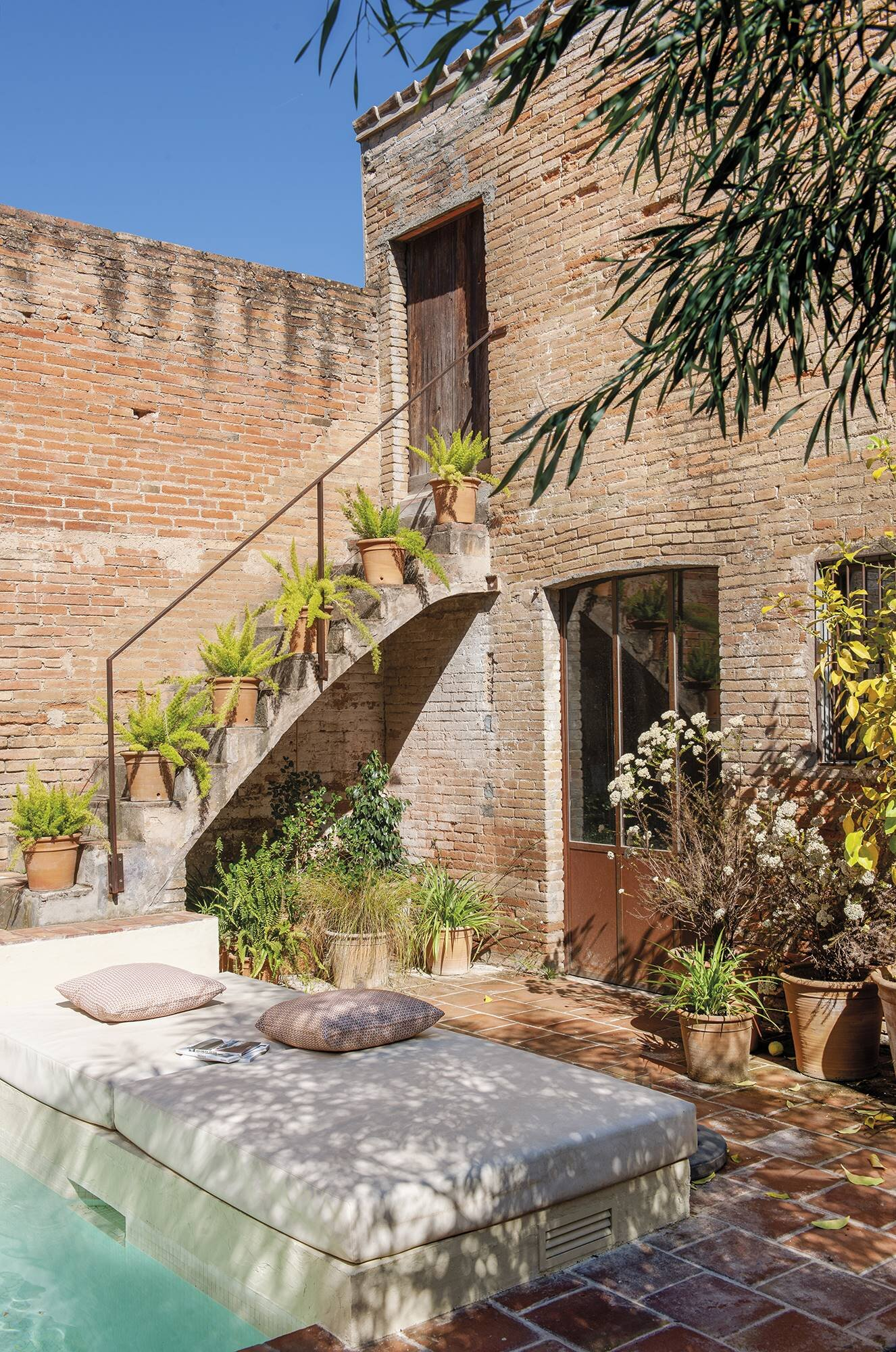 Natural Country Style In A 19th Century Townhouse In Barcelona The Nordroom