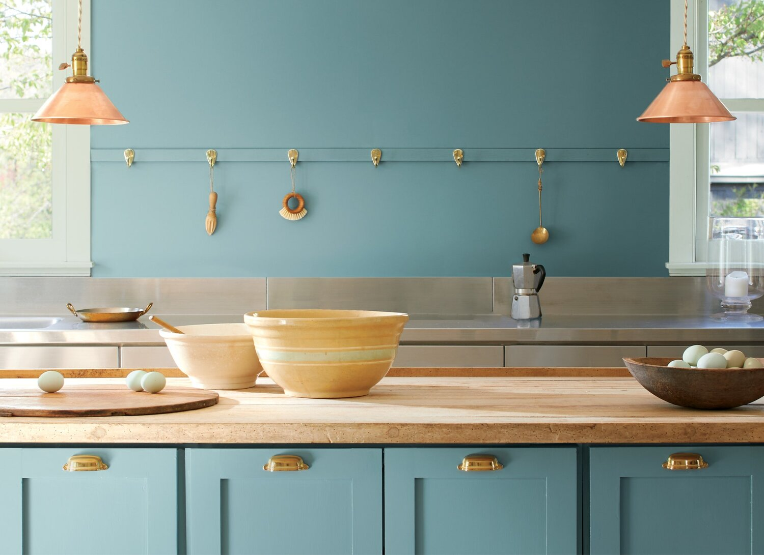 Color Trends 2021: Benjamin Moore Color of the Year Aegean Teal - The Nordroom