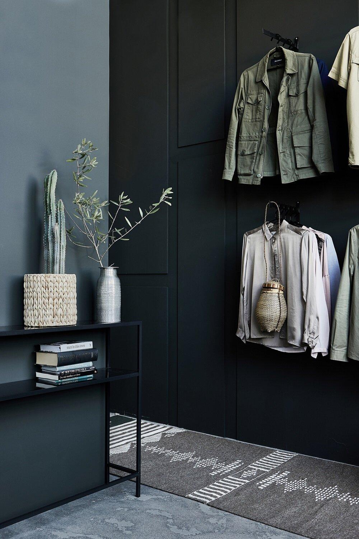 Яркий индустриальный лофт, украшенный весенне-летней коллекцией House Doctor - The Nordroom