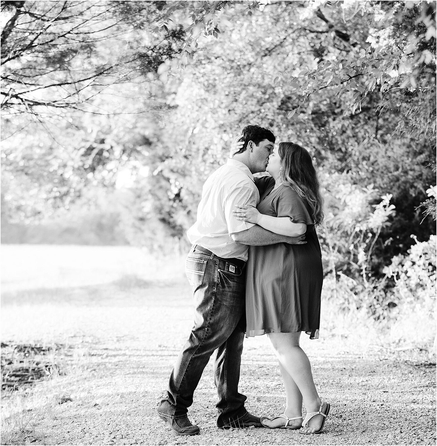 Black and white outdoor engagement session