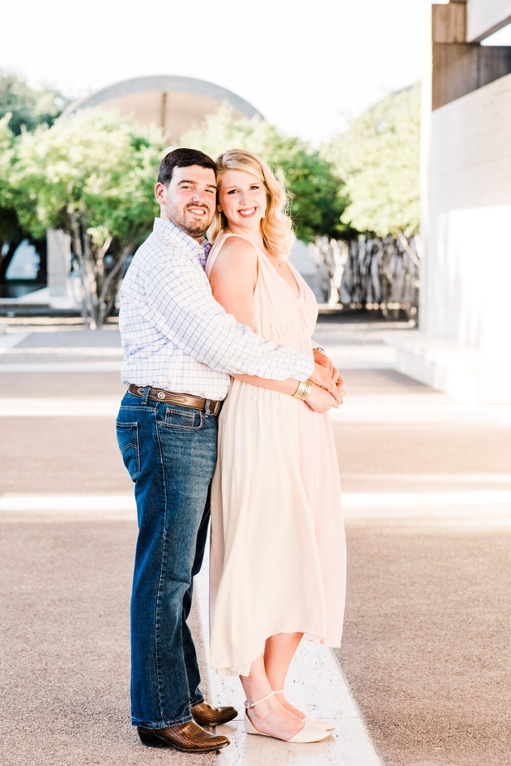 Modern-Art-Museum-Fort-Worth-Texas-Engagement-Session