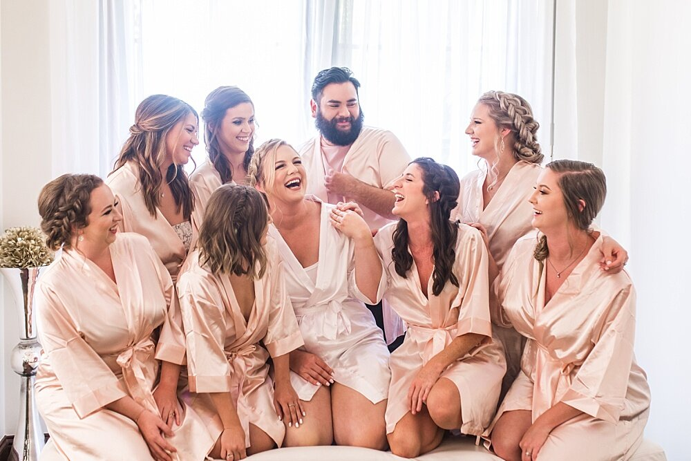 WWedding-Stoney-Ridge-Villa-Moni-Lynn-Images-Bridal-Robes
