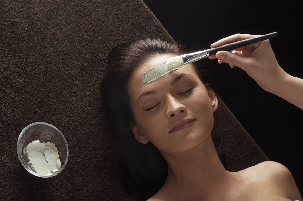Abbeywood Spa Signature Deep Cleansing Treatment facial - Using products customized to your skin requirements this Treatment includes exfoliation, all extractions, a relaxing massage followed by a mask. If you have not had a facial before this treatment would be ideal for you (1.5 hours)............$105.00