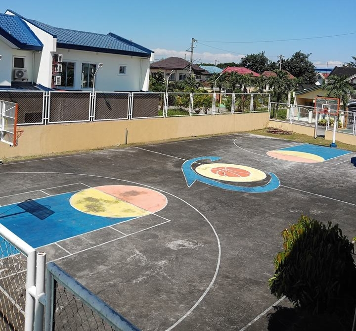 Basketball Court - The best way to stay healthy is through doing a sport you love! Our basketball court is open everyday, and goes for P100/hour in the day and P200/hour at night.Hours:Weekdays from 8:00 AM up to 7:00 PMWeekends from 8:00 AM up to 1:00 PM