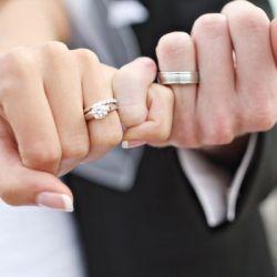 PREMARITAL & MARITAL COUNSELING