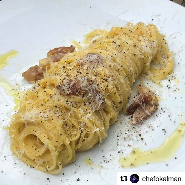 Been fantasizing about this dish since Monday. Let @chefbkalman fill your carb void with one of his awesome dishes on Chef Meal Kits 🤤🍝 ### #Repost @chefbkalman with @get_repost ・・・ Who else is thinking about pasta #carbonara on this overcast day? #cheflife #topchef #pasta #squarepegpizza #kneadpastabar #foodporn #carbload #clamorhouse