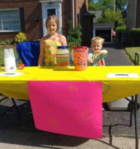 Abby and Andersen Burkle lemonade stand for YOU
