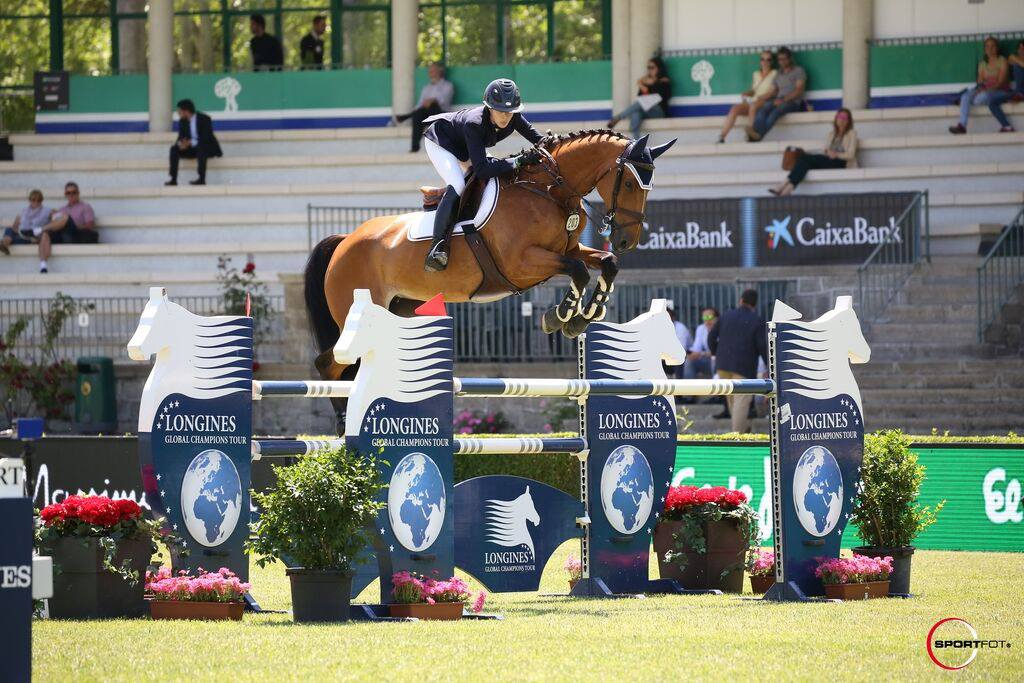 Hannah Selleck and Barla. Photo by Sportfot