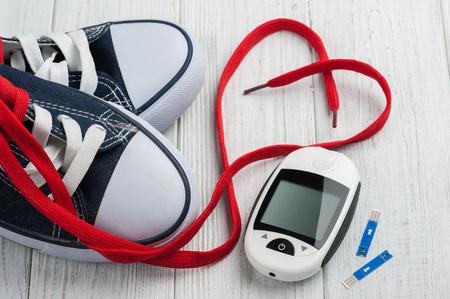 72605946_S_Shoes_shoe lace_heart_Diabetes check_strips.jpg