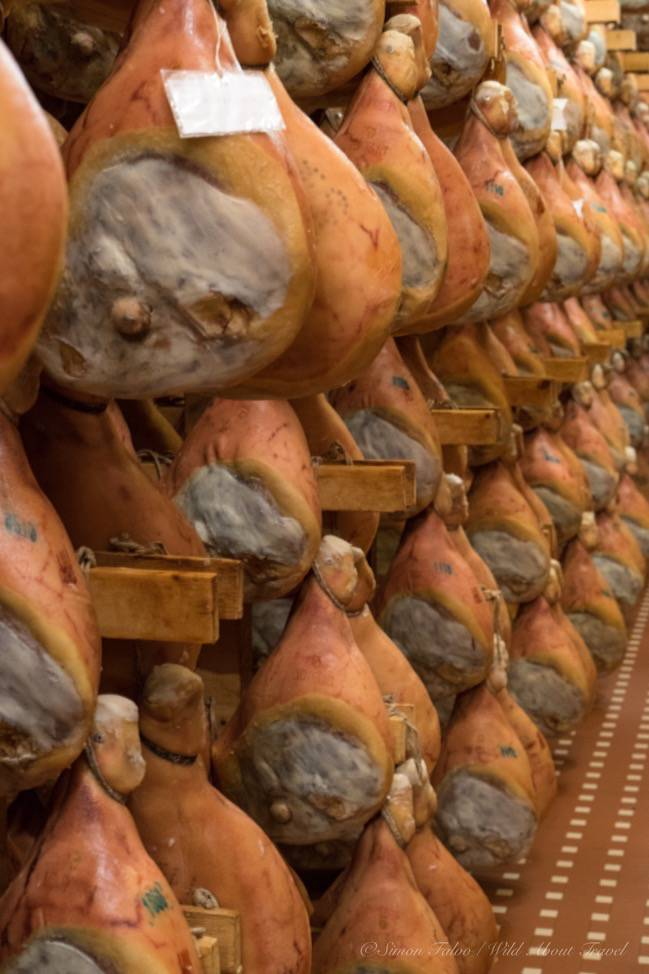 Food-Valley-Prosciutto-di-Parma.jpg