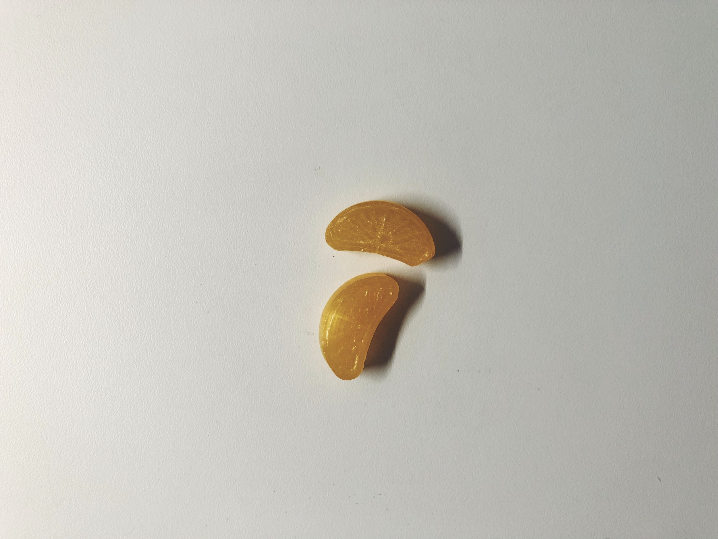 monpensiers fruit drops mandariini