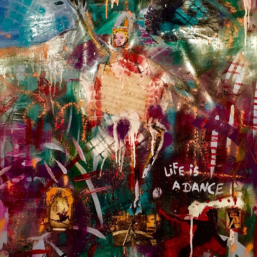 1. Vous nous envoyez les images d'oeuvres d'art d'une exposition spécifique ou de votre collection permanente.    - Art par Pierre Poulin