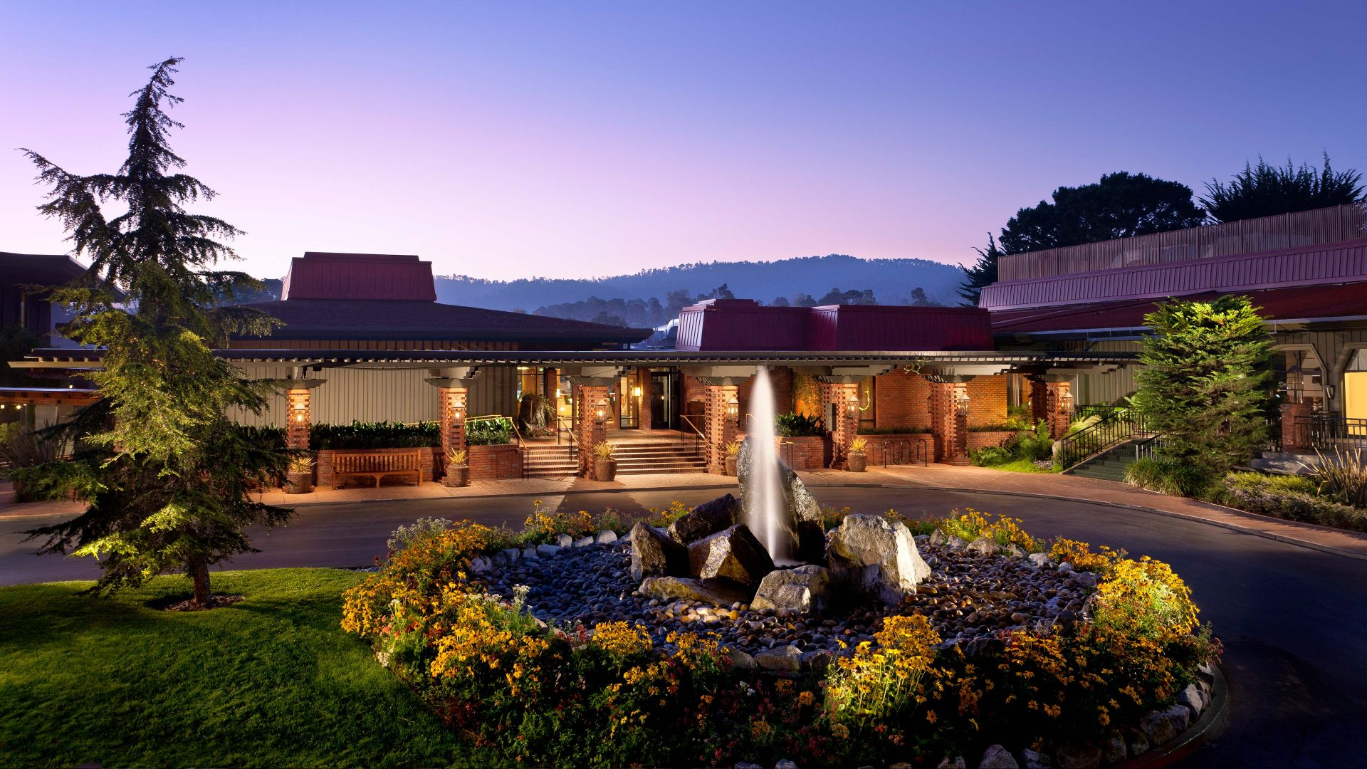 Hyatt-Regency-Monterey-Hotel-and-Spa-on-Del-Monte-Gold-Course-P146-Exterior.adapt.16x9.1920.1080.jpg
