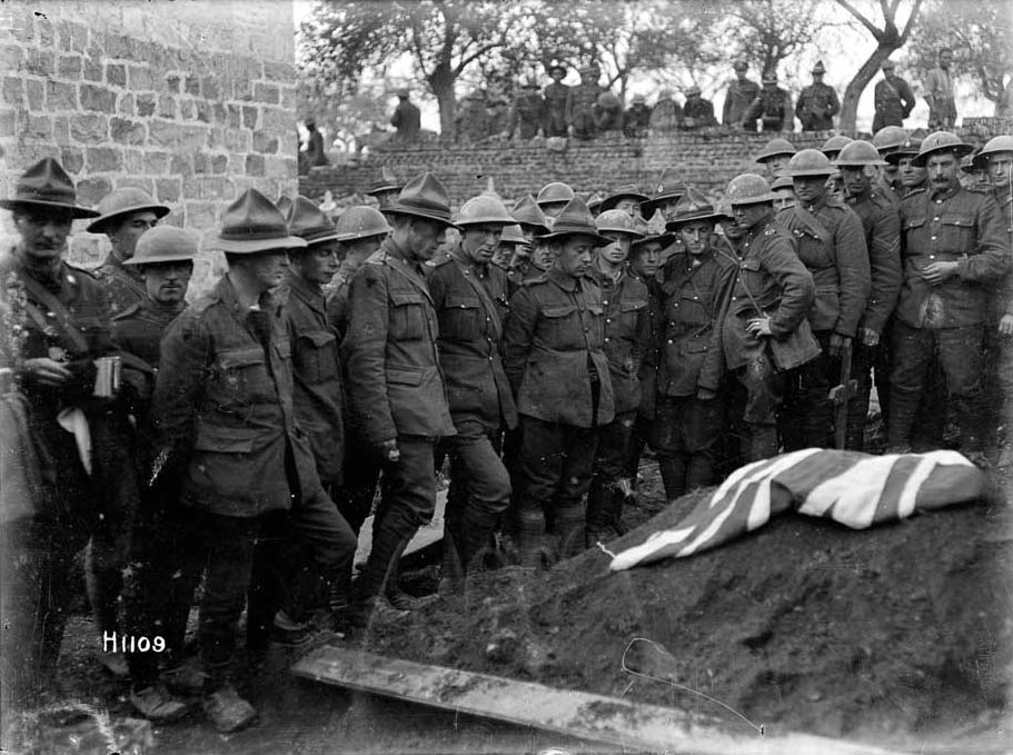 This photo serves as a symbol to the 12,500 NZers who lost their lives on the Western Front