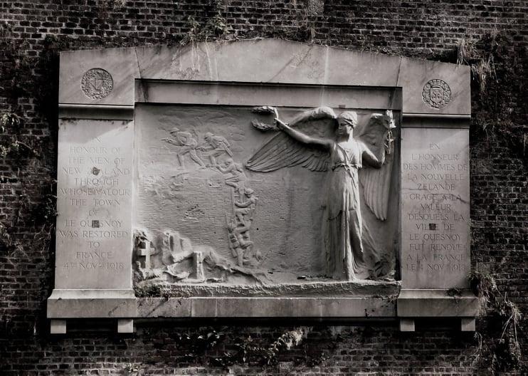Le Quesnoy memorial dedication