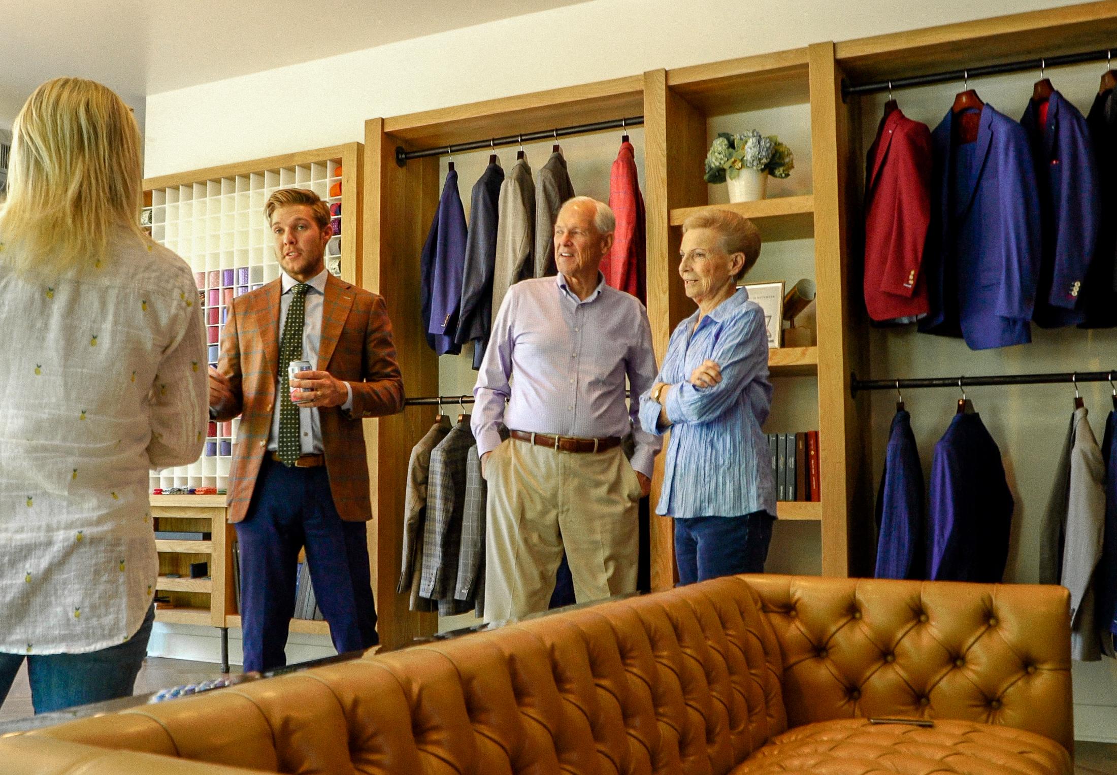 True Gentleman Custom Suits Store