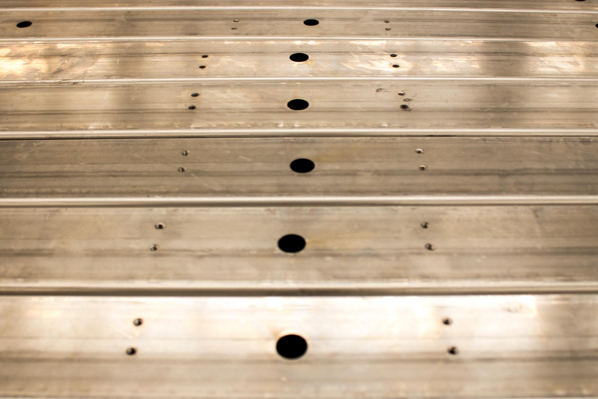 pailería - La pailería tiene como función principal la construcción de depósitos aptos para el almacenaje y transporte de sólidos en forma de granos, líquidos y gas.
