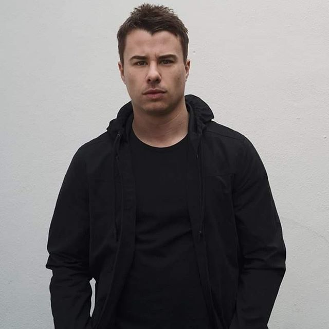 In honor of his guest mix and appearance on @asotlive today, let's #throwbackthursday to episode #91 on this #podcast featuring @bengoldmusic! All episodes can be found wherever #podcasts are found or #linkinbio📲💻. #trancefamily #trancemusic #trance #BBPodcastNetwork #podcaster #podcasting #podcastlife #podcastlisteners #podcastinglife #podcastsuggestions #podcastsupport #podcastofinstagram #podcasterofinstagram #podcastsofinstagram #podcastmedia #trendingtopics #podcastersofinstagram #TBT