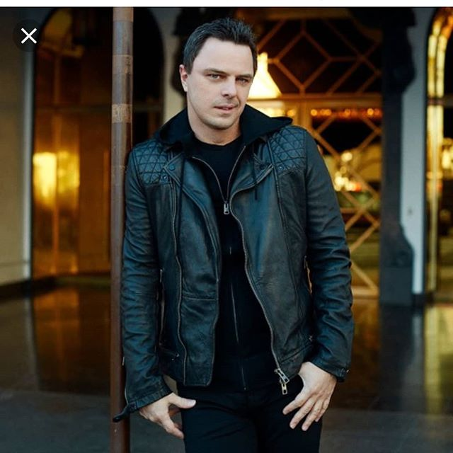 It's #flashbackfriday, and to celebrate the upcoming episode #100, let's review turning point episodes of this #podcast. Did you know this started out as a chat series on YouTube before transitioning? **** Episode #37 featuring @markusschulz discussed #trancemusic at length, #trancefamily, his memories and ties to Arizona, his album 'Watch the World', and more! BB (@saxy15) can not thank him enough for agreeing to be a guest, and sparking passion to keep striving to share stories! **** All episodes can be found wherever #podcasts are found or #linkinbio📲💻. #BBPodcastNetwork #podcaster #podcasting #podcastlife #podcastlisteners #podcastofinstagram #podcasterofinstagram #podcastsofinstagram #podcastmedia #podcastsuggestions #podcastsupport #ttwithbb