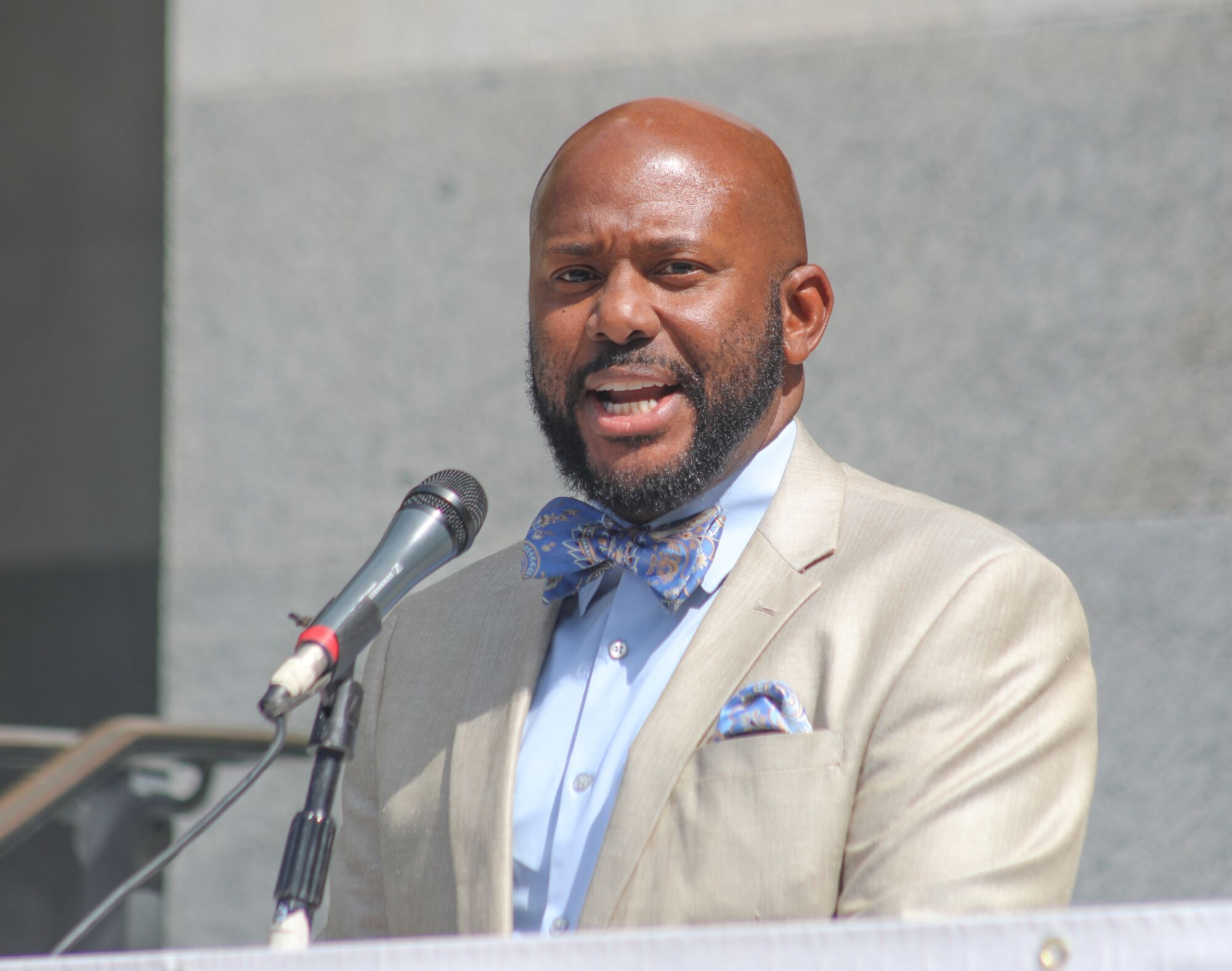 Assemblymember Mike Gipson