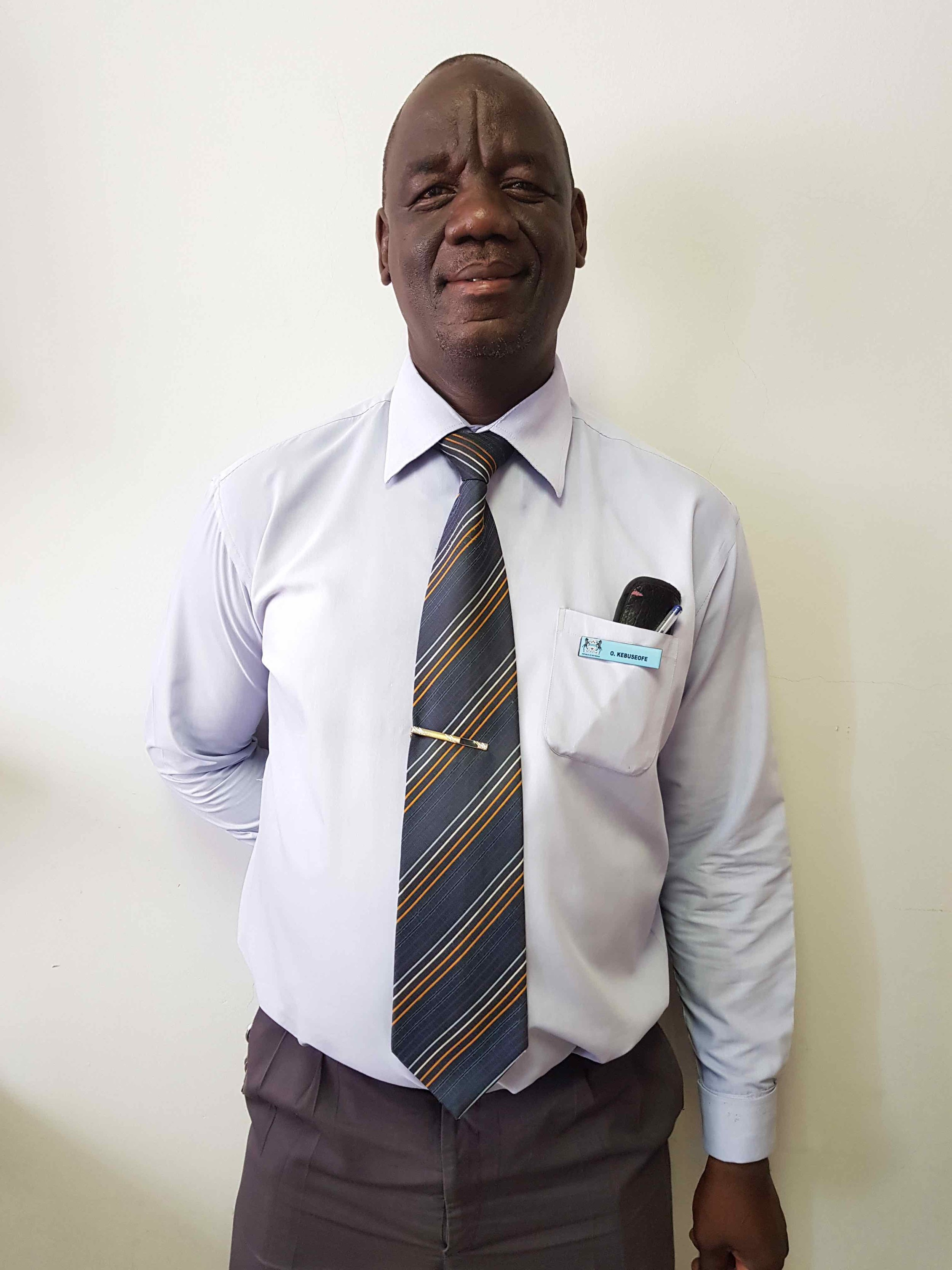 Letlhakeng Mphuthe head of house Kebuseofe -