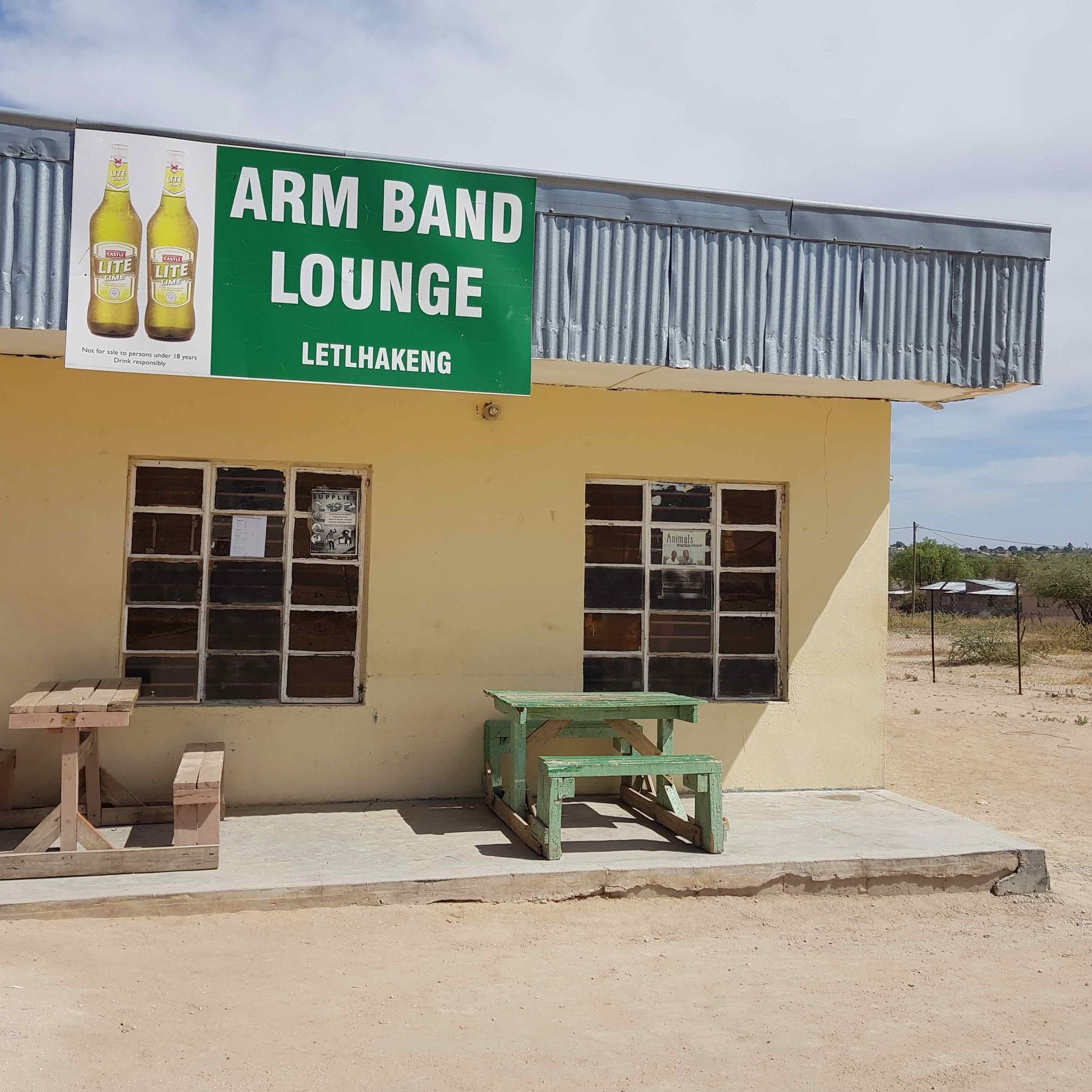 Arm Band Lounge - Service Description∙ Soft Drinks and Alcohol BeveragesOpening Hours:Monday - Friday: 14:00-22:00Saturday: 12:00-23:00Sunday:Directions:Richview ComplexModimo WardContact: Neo Khakhunzi📞 (+267) 72 58 23 68✎ @