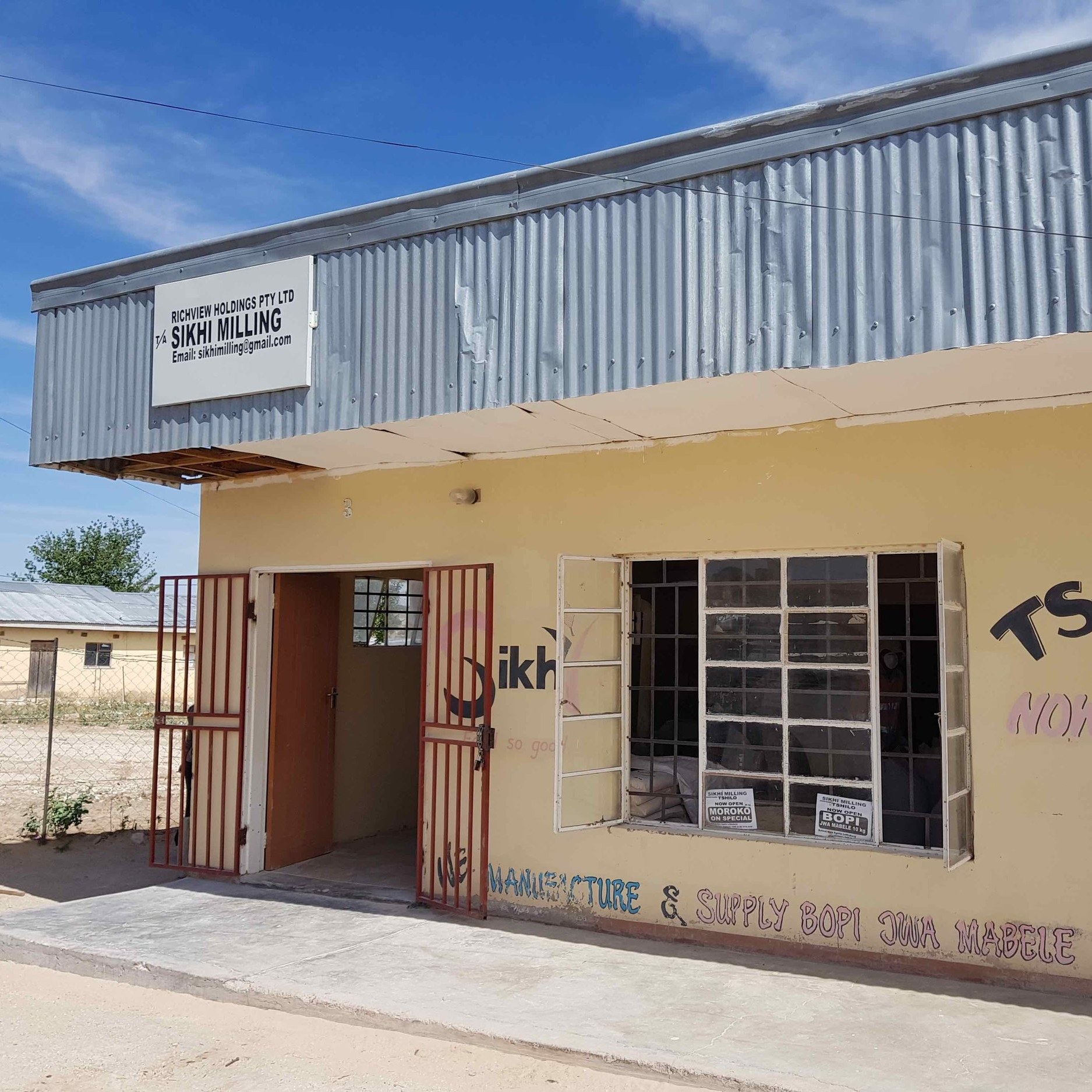 Sikhi Milling - Service Description∙ Sorghum and Maize Mealing By-productsOpening Hours:Monday - Friday: 08:0017:00Saturday: 18:30-15:30Sunday: -Directions:Richview ComplexModimo WardContact: Neo Khakhunzi📞 (+267) 72 58 23 68✎
