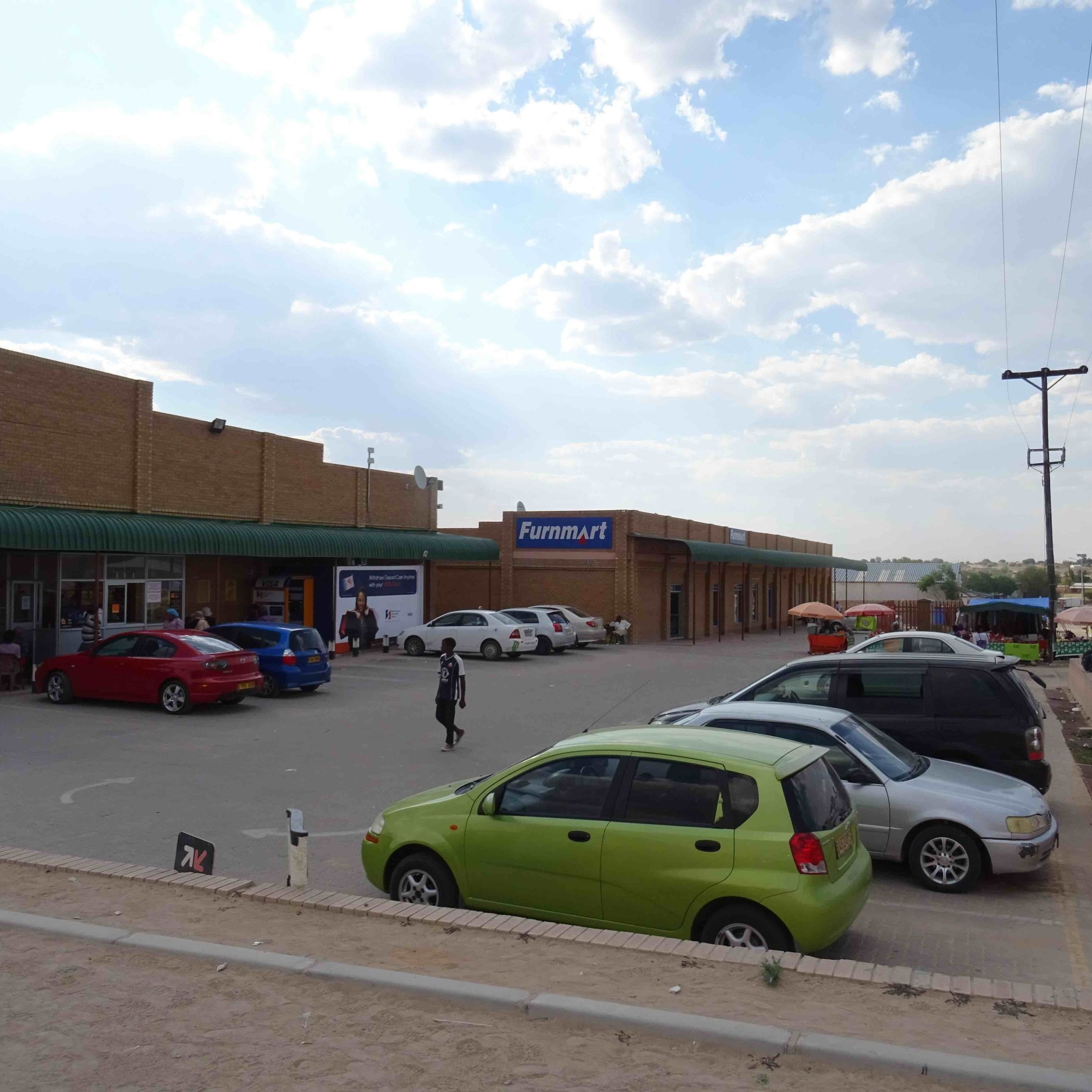 Furnmart - Service Description∙ Selling FurintureOpening Hours:Monday - Friday: 08:30-17:30Saturday: 08:00 13:00Sunday: -Directions: Next to ChoppiesModimo WardContact: Furnmart📞 (+267) 59 4 31 89✎ broo61@furnstores.co.za